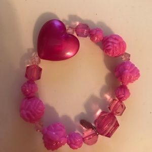 EUC adorable pink beaded bracelet with heart